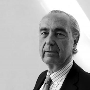 Luis Alberto de Cuenca